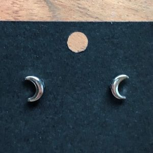 Jewelry - Crescent 🌙 Moon Earrings 💕 3 for $15 💕